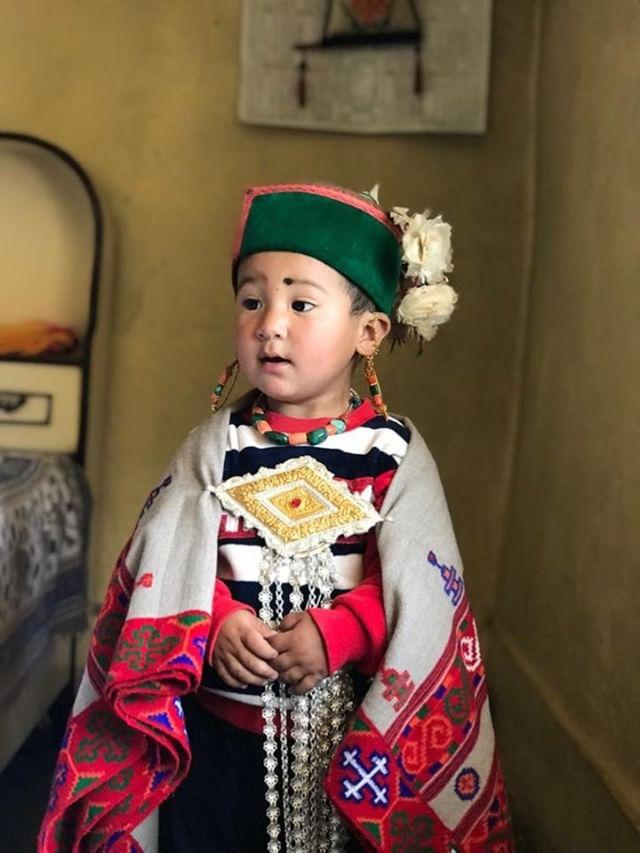 kinnauri cap and himachali dress wearing by kid