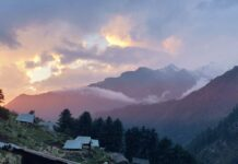 Sunset at Kheerganga Camps